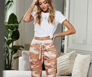 camouflage, casual, and girl image