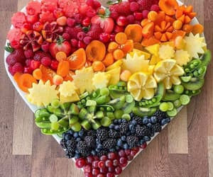 🍑🍒🍋 Did you know that fruits are an excellent sources of essential vitamins and they are high in fiber? Fruits also provide a wide range of health  boosting, antioxidants inckuding flavonoids. Eating a diet high in vitamins and vegetables can reduce a per