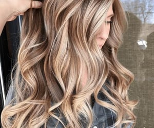 hair and inspo image