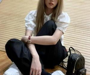 kpop, jisoo, and blackpink image
