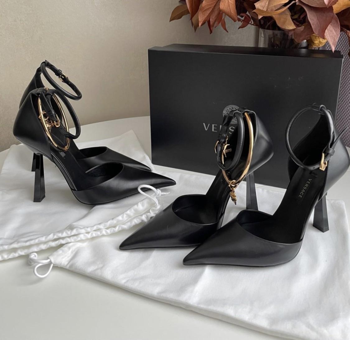 black, fashion, and Versace image