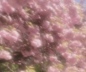 dreamy, glittery, and pink image