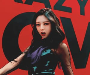 aesthetic, itzy, and edit image