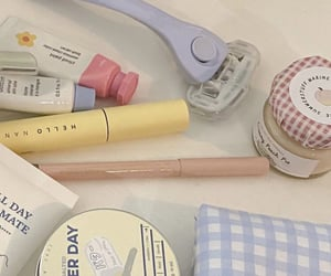 aesthetic, peach, and make up image