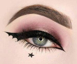 bat, eyeliner, and maquillaje image