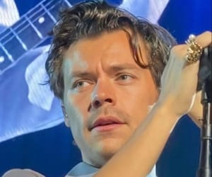 Harry Styles, hslot, and love on tour image