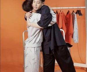 asian boy, hug, and gun atthaphan image