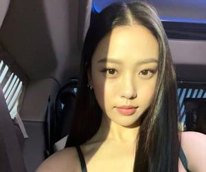 actress, korean, and sweet home image