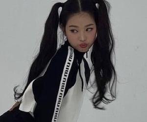 girls, kpop, and izone image