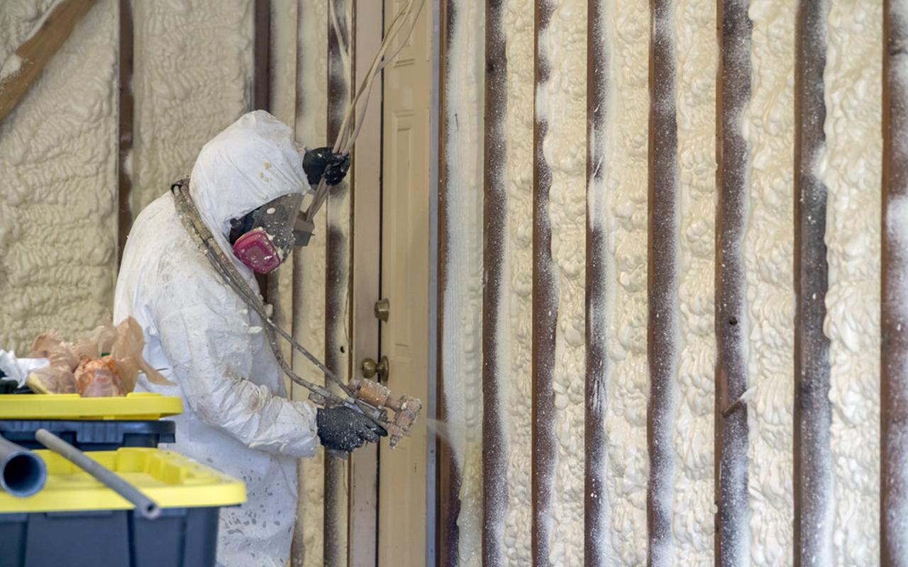 article, loft insulation uk, and loft insulation cost uk image