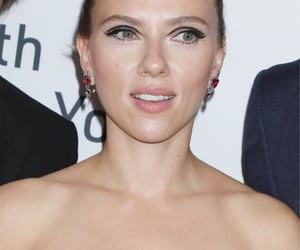 premiere, Scarlett Johansson, and marriage story image