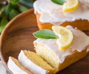 cake, فواكة, and كيك image