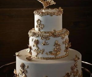 cake and gold image