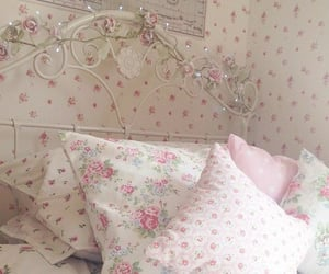 bed, bedroom, and floral image