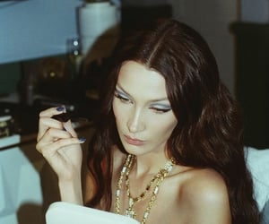 celebrity, model, and bella hadid image