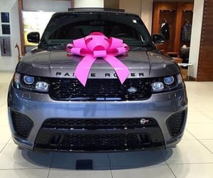 range rover and SUV image