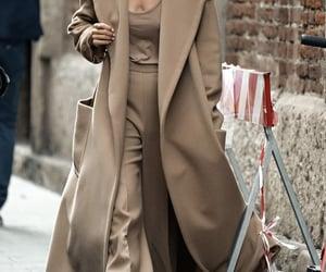 "myworldofelegance:""Street Style Spring 2021 Ready-to-WearMilan Fashion Weeksource:TheImpression .comPhoto/Imaxtree"""