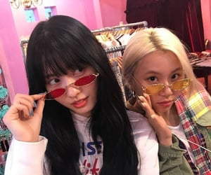 icon, kpop, and chaeyoung image
