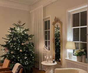 aesthetic, winter, and christmas tree image