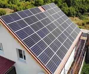 солнечные батареи, солнечная электростанция, and сетевая электростанция image