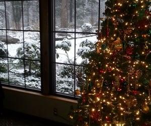 aesthetic, christmas, and christmas tree image