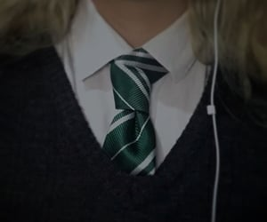 green, green aesthetic, and harry potter image