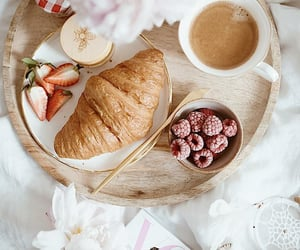 breakfast, raspberry, and strawberry image