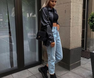 blogger, style, and mom jeans image