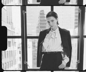 dickinson, hailee steinfeld, and sue gilbert image