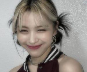 kpop, ryujin, and chaeryeong image