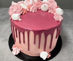 #saltedcaramel Cake . Girl.edition