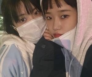 yoojung, suyeon, and weme image