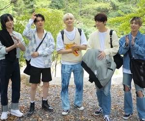 boys, kpop, and txt image