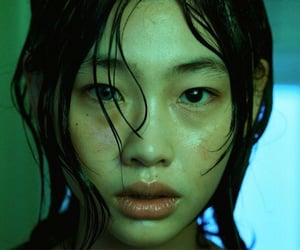 model, hoyeon jung, and squid game image