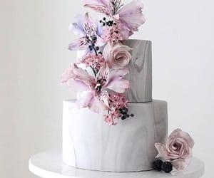 weddings and wedding cakes image