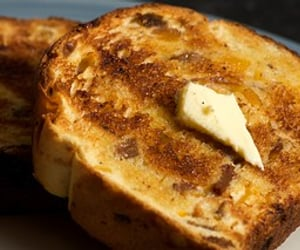 Buttery Apricot and Raisin Toast