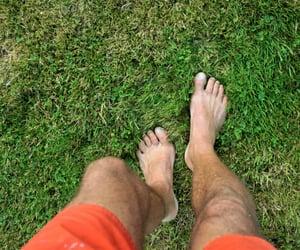 barefoot, groundologie, and hearthing. image