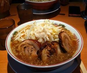 food and ramen image