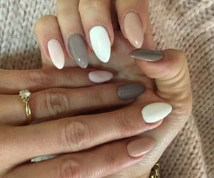 beige, Blanc, and nails image