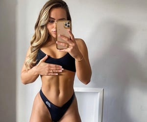 abs, exercise, and body image