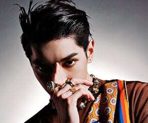 handsome, leader, and lee taeyong image