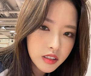 gg, kpop, and hyunjin image