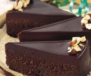 chocolate and chocolate cake image