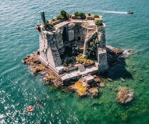Luxurious lifestyle island .