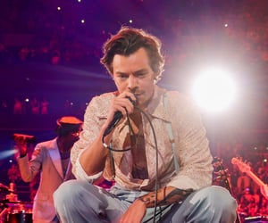 Harry on stage in Boston