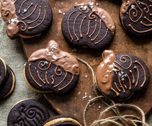chocolate and Cookies image