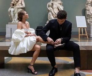 couple, museum, and Relationship image