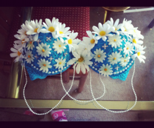 bra, daisy, and flowers image