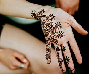 hands, henna, and mendhi image