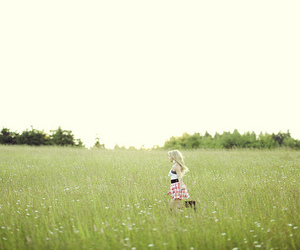 beautiful, field, and girl image